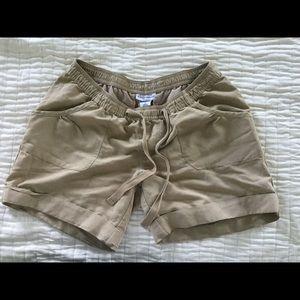 Liz Lange for Target Pants - Maternity shorts, size small, liz Lange