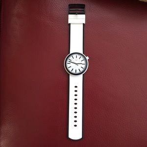 Swatch Accessories - Very Chic Swatch Watch!