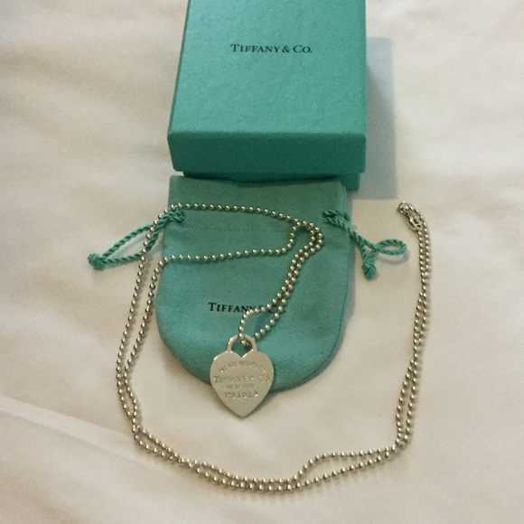 d515b2840 Tiffany & co long heart pendant necklace. M_591df85a2599feae6d002520