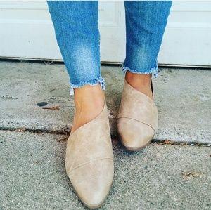 Strut! Shoes - //The Alexa//Taupe vegan leather Flat