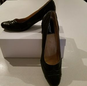 Wanted Shoes - Black Ladies pumps by Wanted.