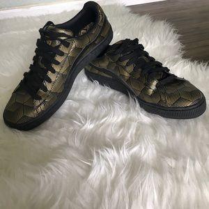 Puma Shoes - PUMA basket lace ups