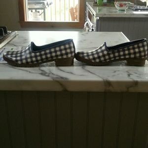 Cougar Shoes - Rubber gardening slip on shoes. Sz. 6