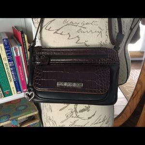 Brighton Handbags - EUC Brighton crossbody purse