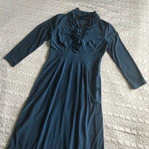 Taylor Dresses Dresses & Skirts - Just Taylor Blue Jersey Dress 3/4 sleeve