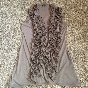 Milani Tops - CUTE sleeveless ruffle cardigan