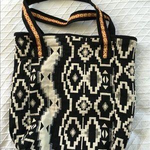 Lulu Handbags - Lulu Global Weave Boho Tote Bag