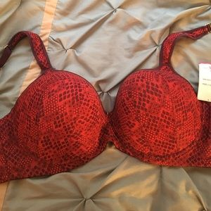 Ashley Stewart Other - 🎀GORGEOUS RED SNAKE BUTTERFLY BRA🎀 42DDD