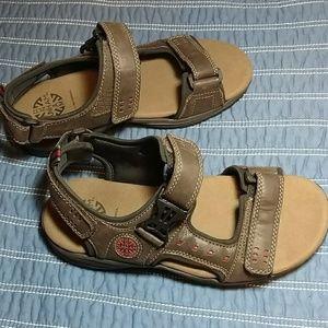 Dunham Other - Dunham nolan-dun leather sandals