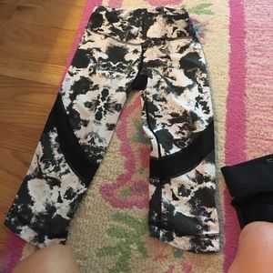Alala Pants - Alala Patterned black and white legging