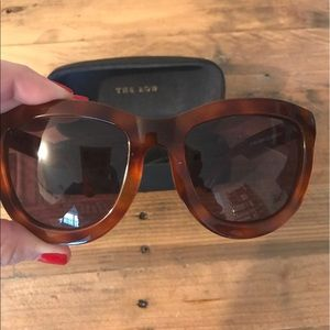The Row Accessories - The Row Sunglasses - Amazing Condition!