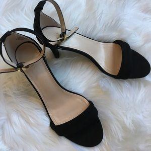 H&M Shoes - Fabulous black ankle strap heels