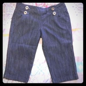 Pants - Adorable Rockabilly Jean Bermuda Shorts!