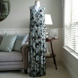 Jaclyn Smith Dresses & Skirts - Gorgeous Tropical Floral Maxi