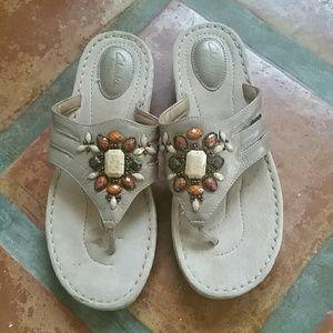 Clarks Shoes - Clarks Artisan