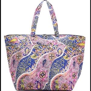 Handbags - Paisley Weekender/Overnight Bag - XL