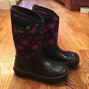 Bogs Other - Girls Bogs Rain/Snow boots!!