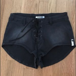 One Teaspoon Pants - New One X One Teaspoon 1960's Black Lace Up Shorts