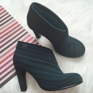 United Nude Fold Hi Booties Size 38