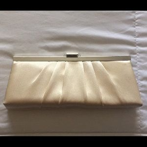 Gunne Sax Handbags - Cream Silk Clutch (Lowest Price)