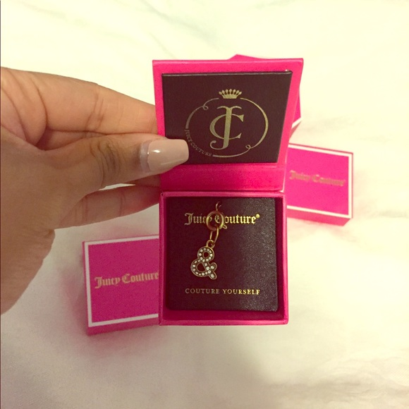 juicy couture jewelry nwt rare pave sign charm poshmark. Black Bedroom Furniture Sets. Home Design Ideas