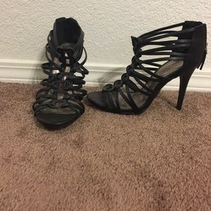 Ann Michell Shoes - NWOT black strappy heals