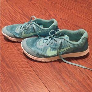 Nike Flex 7.5