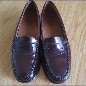 Bass Oxblood wayfarer weejuns loafer, size 7.5