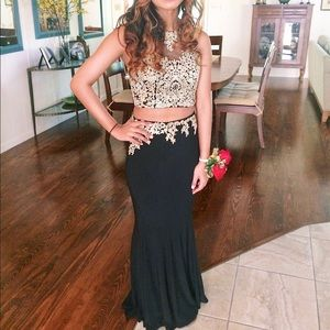 Anny Lee Dresses & Skirts - Black and gold two piece prom dress