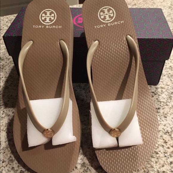 3822f12cb Tory Burch wedge thin khaki flip flops sandals 10