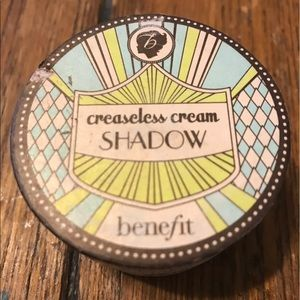 Benefit Other - BENIFIT creaseless cream shadow