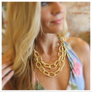 Matte gold double layered chain necklace set