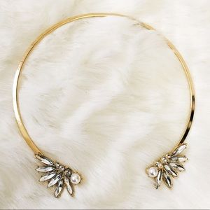 H&M Jewelry - New faux pearl rhinestone collar