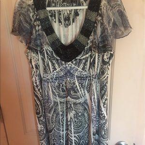 Apt. 9 Dresses - Apt 9 soft flowy dress with bling around the neck