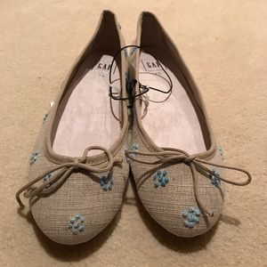 GAP Shoes - NWT Gap fabric cinch ballet flats