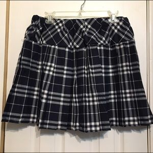 Urban Co. Dresses & Skirts - NWT Urban Co. Plaid Uniform Skirt