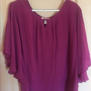 Tops - Linen top flutter sleeves size 2X could be 3x