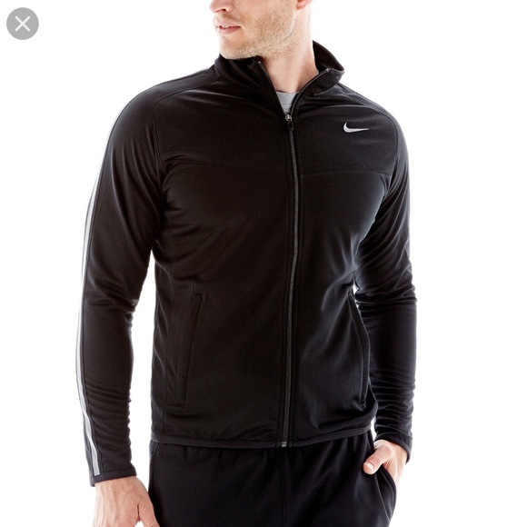 2c7d274341 Nike Men s Epic light Weight jacket Full Zip Sz.M.  M 591e80b5d14d7b55a301accf
