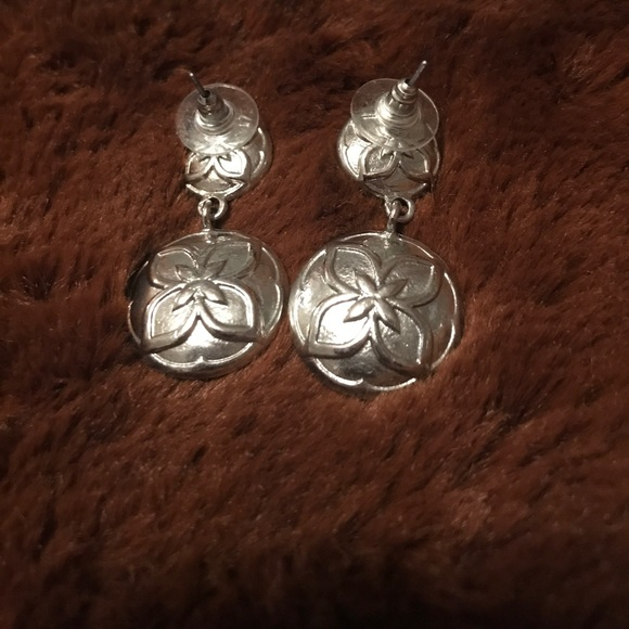 versona 5 for 20 worn once statement earrings from