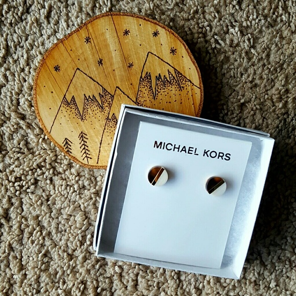 Michael Kors Jewelry - MICHAEL KORS COLORBLOCK STUD EARRINGS