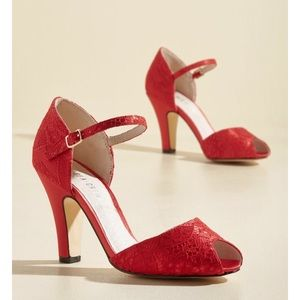  SALE Modcloth Peep Toe Scarlet Heels