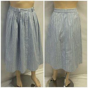 Metro New York  Dresses & Skirts - 40% BUNDLE DISCOUNT! FREE SHIPPING ON BUNDLES!!