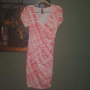 Seraphine Dresses & Skirts - Seraphine maternity wrap dress coral/white