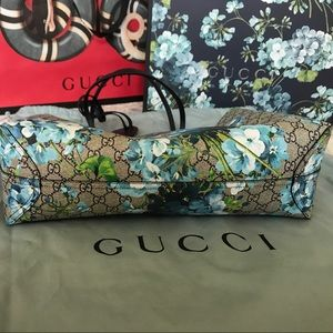 a6f49a9514ad82 Gucci Bags | Gg Blooms Leather Tote Reversible Blue | Poshmark