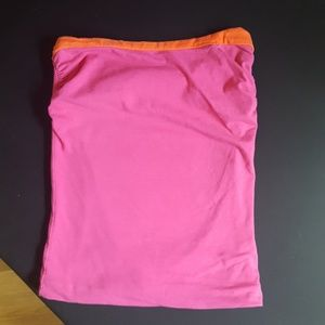 Strapless reversible top