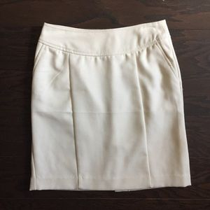 White Banana Republic Skirt with POCKETS