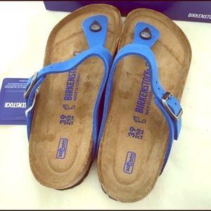 Birkenstock Gizeh blue sandal