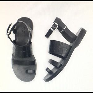 Rag & Bone Sandals Chatan Toe Ring Leather black
