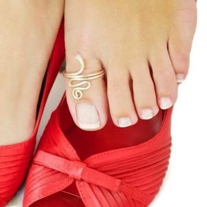 toe ring -silver, gold, or rose gold