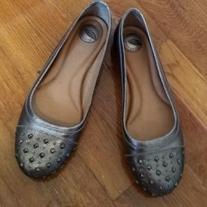 Nurture Shoes - Gorgeous silver studded toe flats